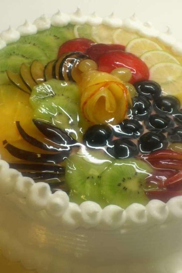 площадка, имеющая украшение торта с желатином фото звезд