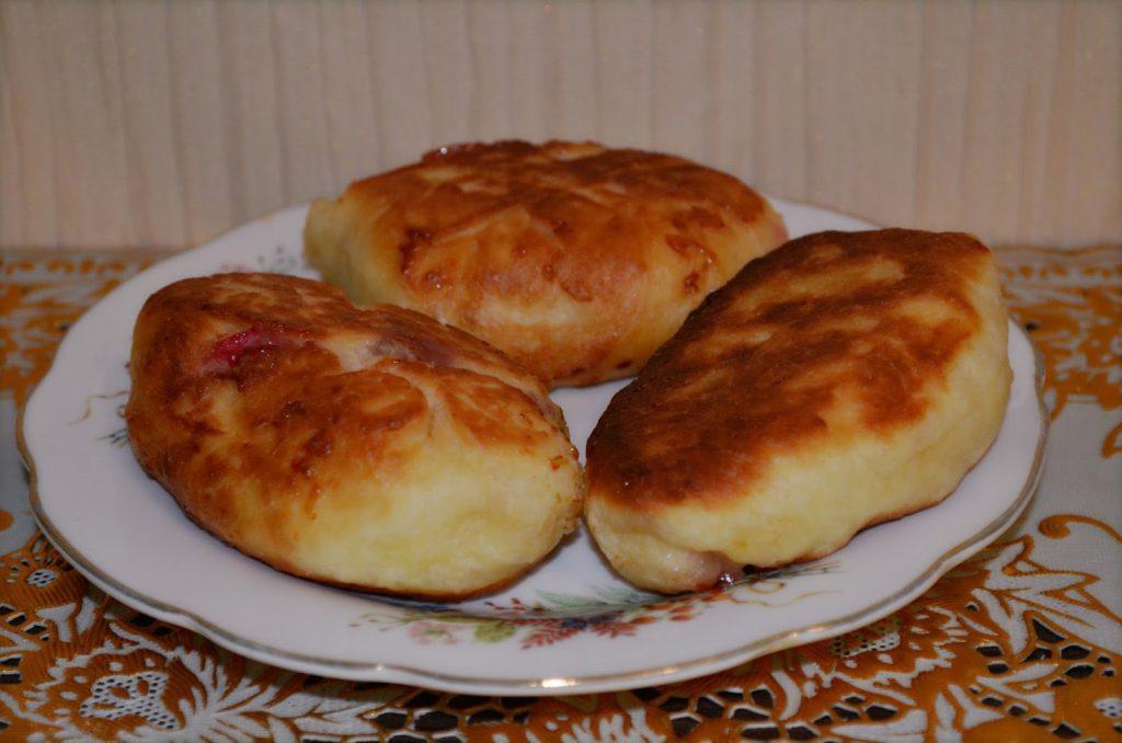 Пирожки жареные на сковороде рецепт с фото