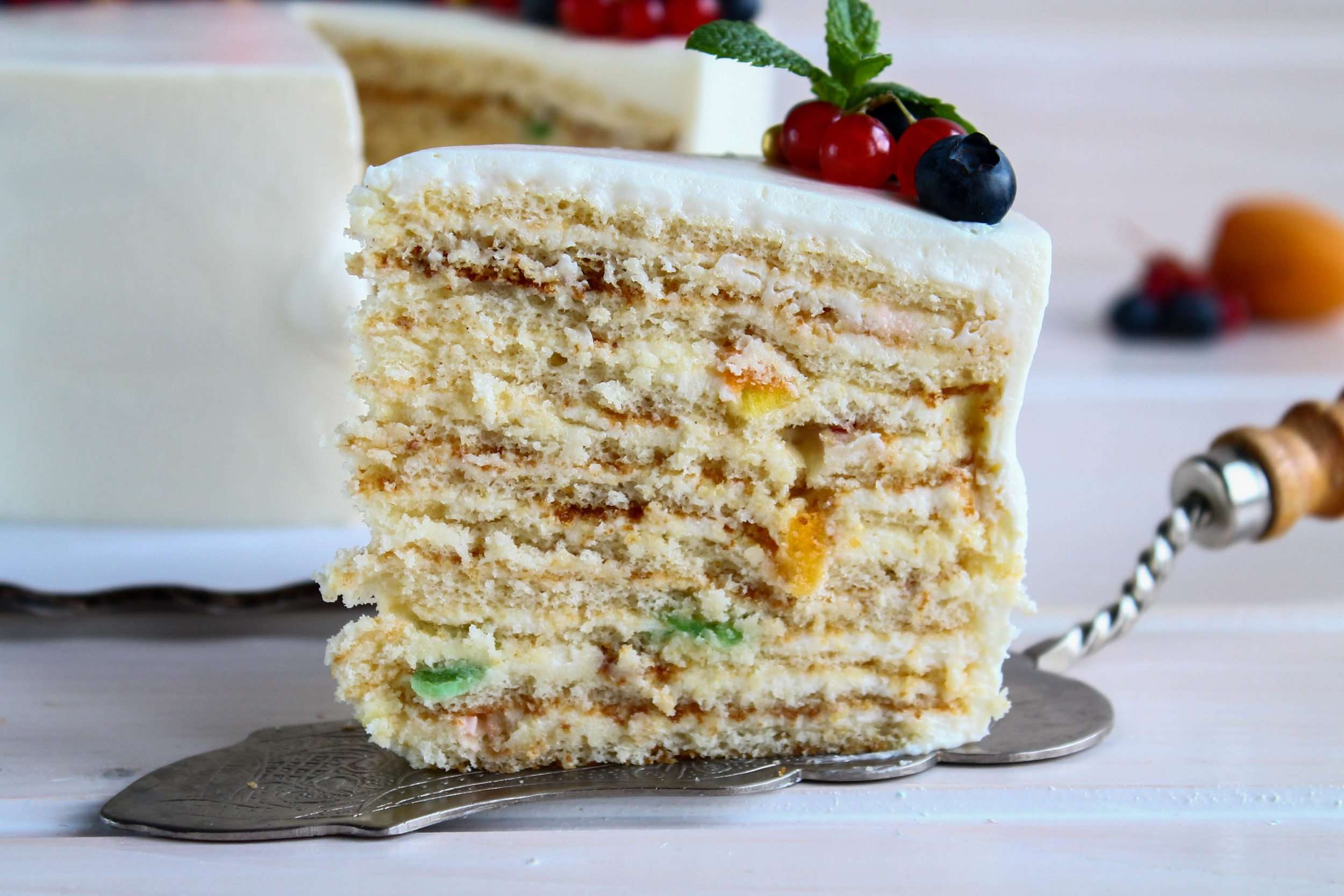 Торт «Молочная девочка» (пошаговый рецепт с фото)
